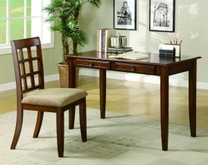 Traditional Brown Writing Table & Chair